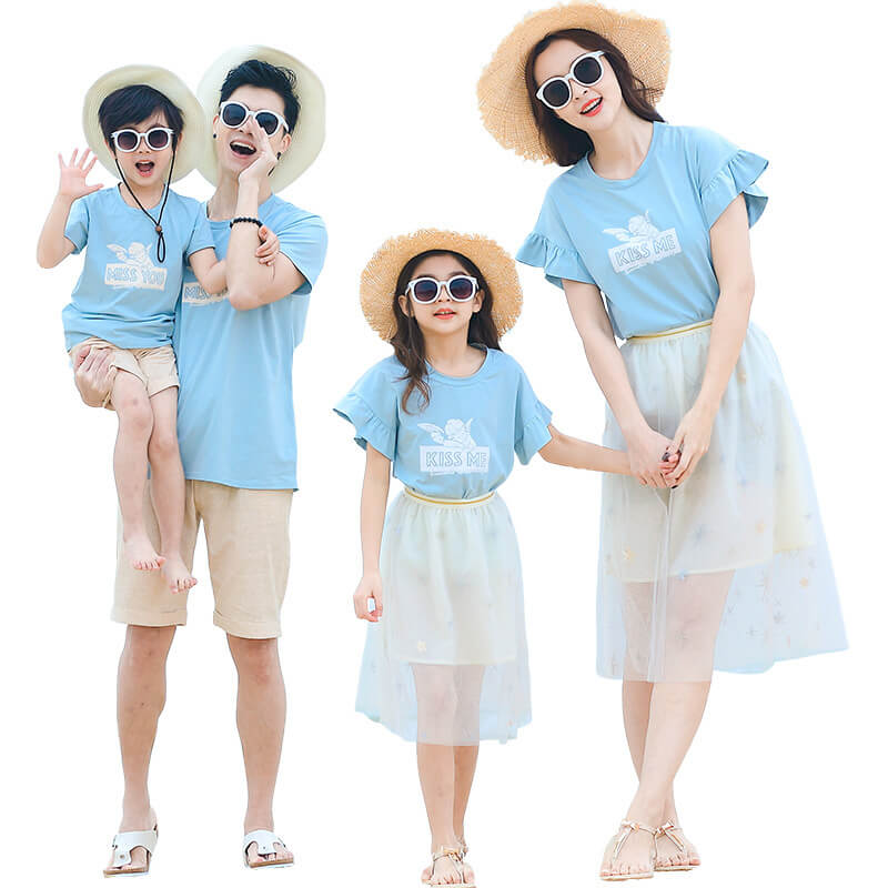 A group of women wearing sunglassesDescription automatically generated with low confidence