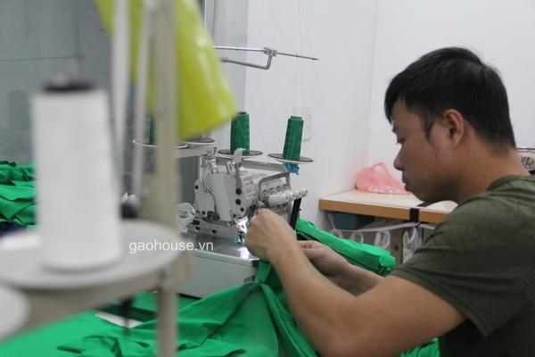 Xưởng áo gia đình Gạo House - đơn vị uy tín chuyên cung cấp các sản phẩm quần áo đồng phục chất lượng